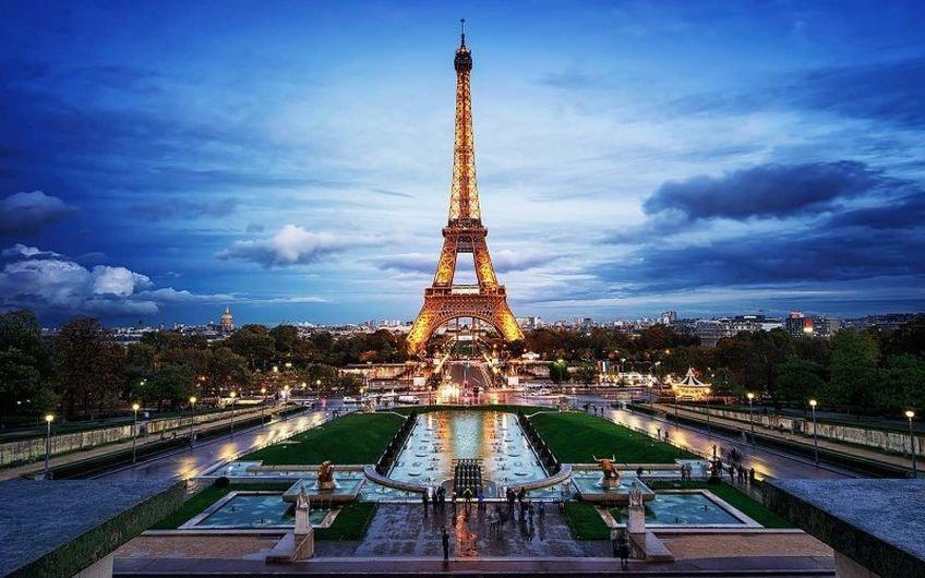 13c2c061 Купить туры и путевки во Францию. Цены на отдых во Франции в июне ...